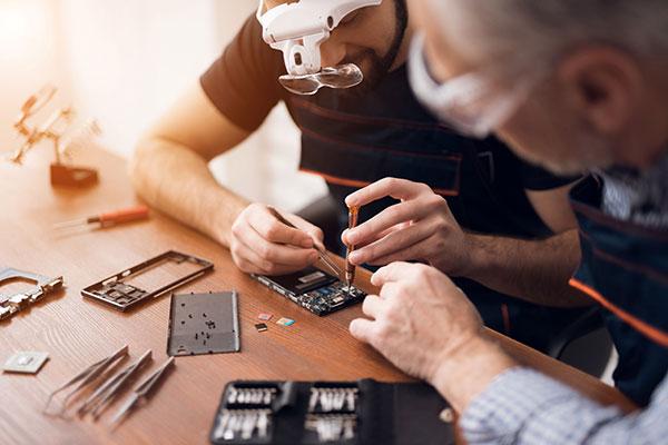 Repairs iphone